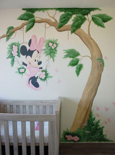 Minnie Mouse meisjeskamer muurschildering gemaakt door BIM Muurschildering.  minnie mouse mural tree flowers butterflies