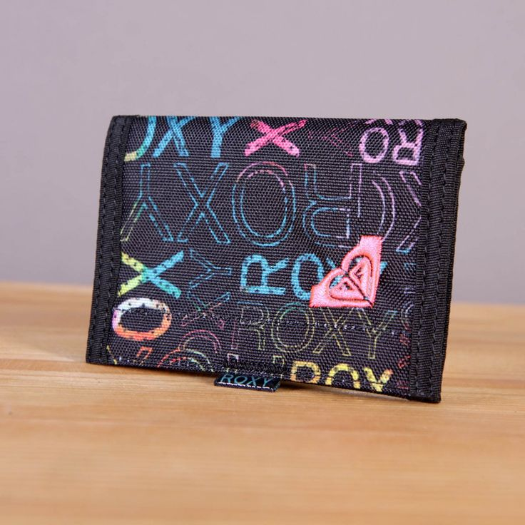 Mały portfel damski zapinany na rzep Roxy Small Beach Waterland / www.brandsplanet.pl / #roxy