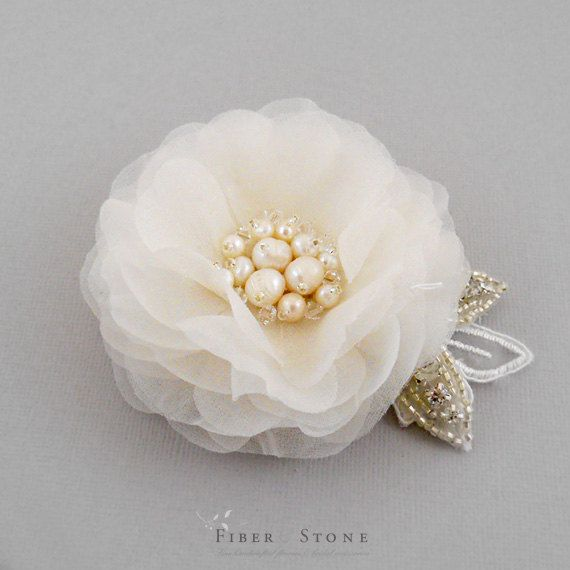 Bridal Flower Headpiece with Pearls, Bridal Fascinator, Ivory Bridal Hairpiece, Floral Bridal Hair Piece, Bridal Hair Accessories, Pure Silk...