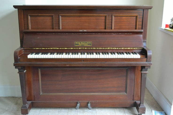 henry riley sons upright overstrung piano piano aesthetic pinterest pianos and sons. Black Bedroom Furniture Sets. Home Design Ideas