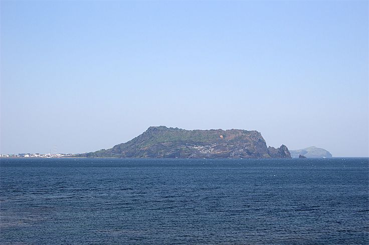 Seopjikoji(Seongsan Ilchulbong Peak)