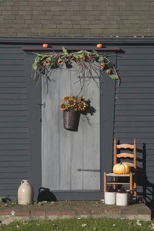 Autumn door love the sunflowers & 615 best Primitive Doors images on Pinterest | Entrance doors Front ...