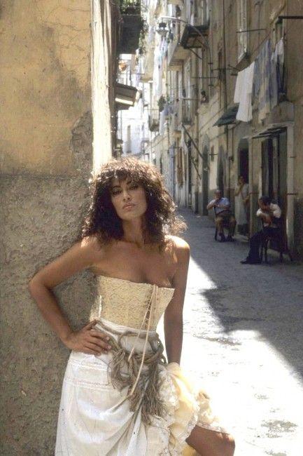 Amanda Righetti Nude Photos 25