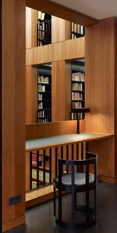 Individual workspace inside the Folkwang Library by Max Dudler. Photo by Stefan Müller.