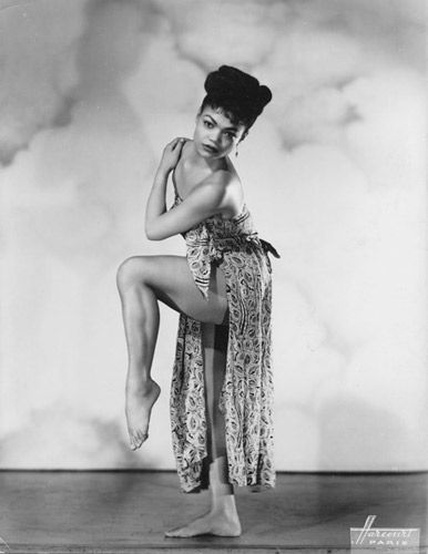 A STUNNING photo of Eartha Kitt!