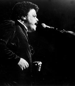 Tim Maia, nome artístico de Sebastião Rodrigues Maia (Rio de Janeiro, 28 de setembro de 1942 — Niterói, 15 de março de 1998), foi um cantor, compositor, maestro, produtor musical, instrumentista e empresário brasileiro, responsável pela introdução do estilo soul na música popular brasileira e reconhecido mundialmente como um dos maiores ícones da música no Brasil.