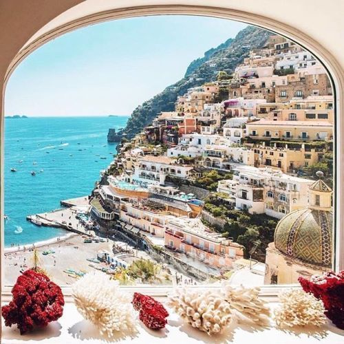 Beautiful Positano on this sunny weekend #luxury #travel #italy #amalficoast #love - via Luxury Family Travel on #Instagram : Amazing #Travel Destinations - International #Holiday Tips - Dream #Vacations - Exotic Tropical Tourist Spots - Adventure Travel Ideas - Luxury #Hotels and Beautiful Resorts Pictures by Traveling247 #familyvacationpictureideas