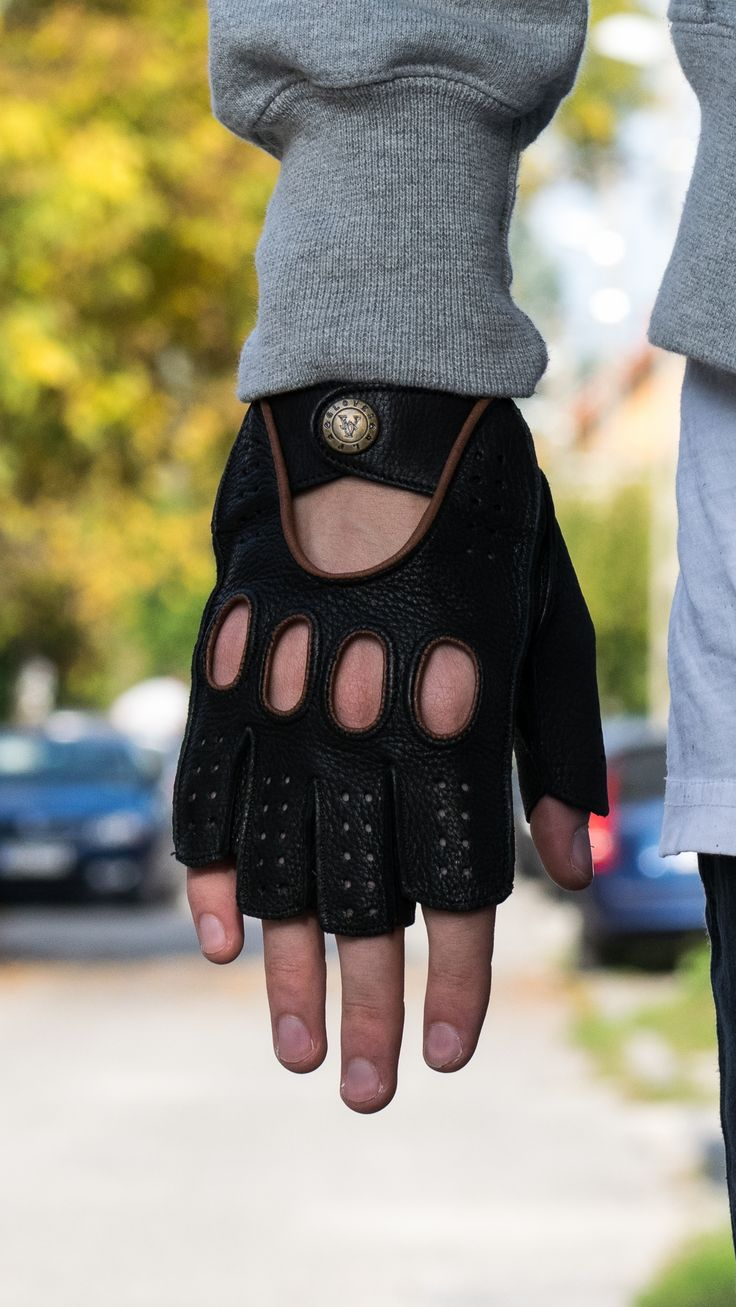 Fingerless driving gloves Made in Hungary www.alpagloves.hu