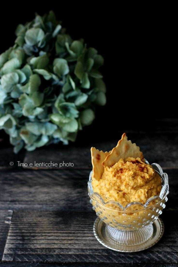 Una ricetta veloce e semplice per questo hummus sano e buono, Hummus di zucca butternut vegan ottimo sui crostini in qualsiasi momento della giornata