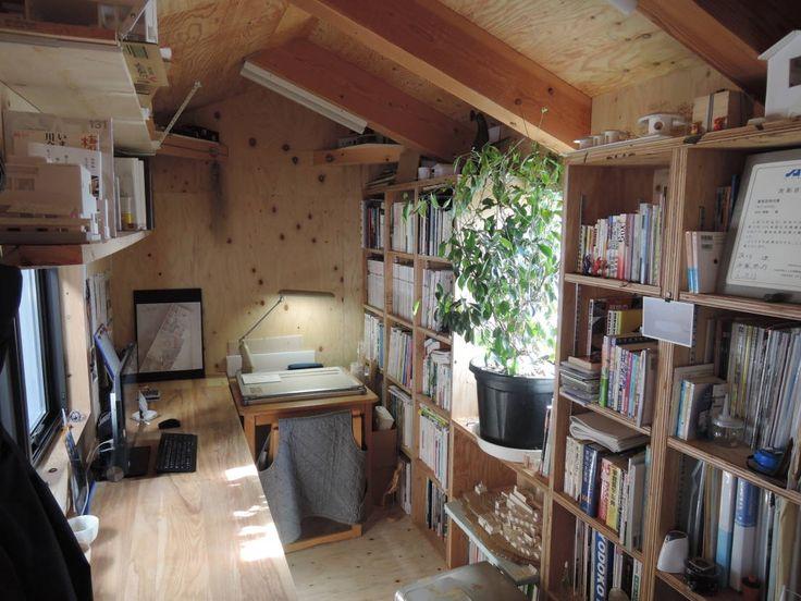 一級建築士事務所ヨネダ設計舎 の オリジナルな 勉強部屋&オフィス 4+1HOUSE (2013)