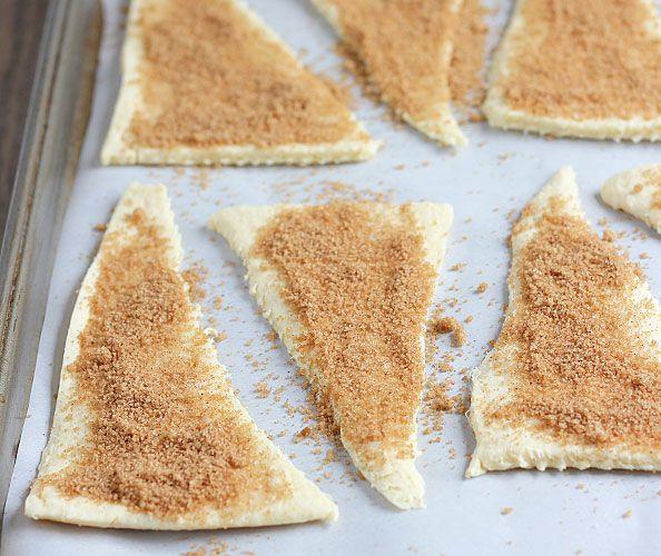 Maak heerlijke appeltaart croissantjes voor bij het dessert of gewoon lekker tussendoor!