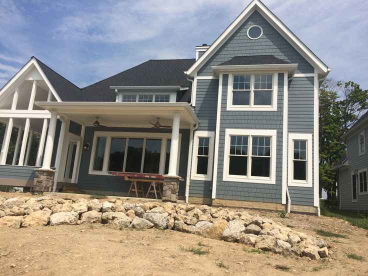 Best 25+ Blue house exteriors ideas on Pinterest | Blue ... - photo#30