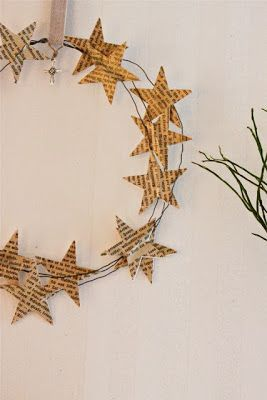 Couronne de Noël (papier et fil de fer) - Christmas crown of paper stars                                                                                                                                                                                 Plus