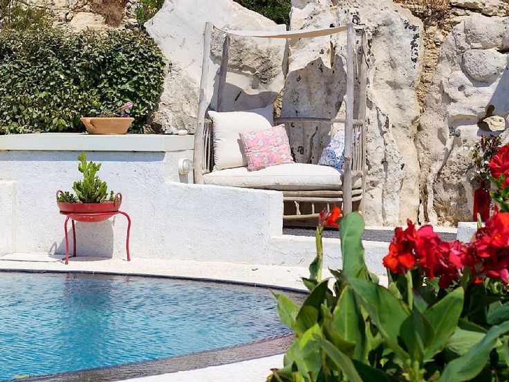 Rethymno villa rental - Extra sitting area in the pool area!
