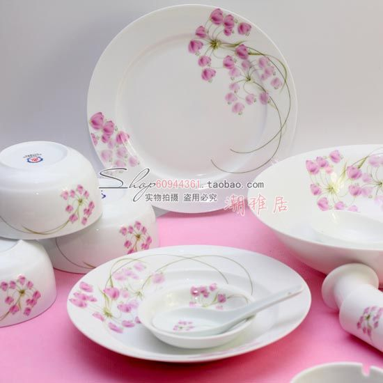 Cheap Dinnerware Sets on Sale at Bargain Price, Buy Quality tableware melamine, ceramic blue, ceramic white from China tableware melamine Suppliers at Aliexpress.com:1,Material:Ceramic 2,recommend using in the number of:10 people and 10 people + 3,place of production:jingdezhen 4,Dinnerware Type:Dinnerware Sets 5,Ceramic Type:Porcelain