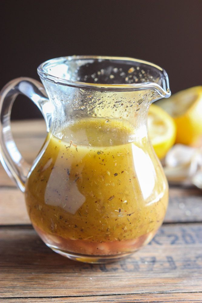 With perfect hint of lemon, garlic, and spices, this Greek Vinaigrette will make you want to eat more salad | littlebroken.com @littlebroken