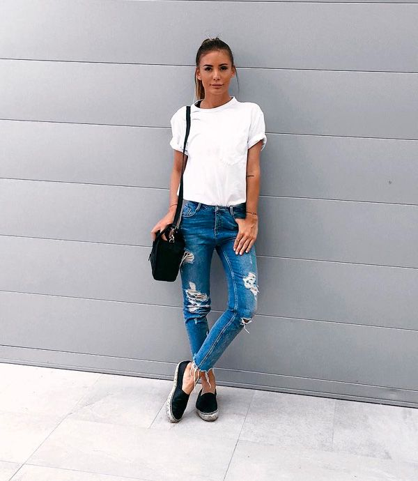 t-shirt e jeans