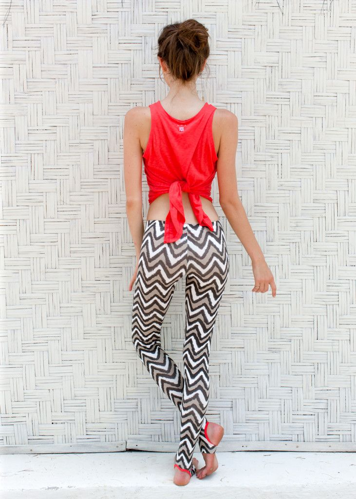 Love these yogi tights: yoga leggings in cool stone colour ikat print with bright contrast binding. Designed by ethical fashion and yoga wear brand: WE-AR. Made in Bali with love. Shop online: we-ar.com
