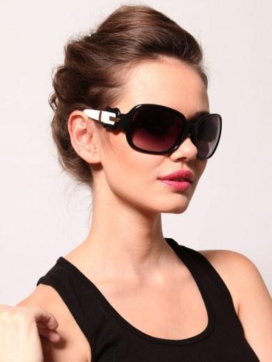 Fendi Oval Shaped Sunglasses