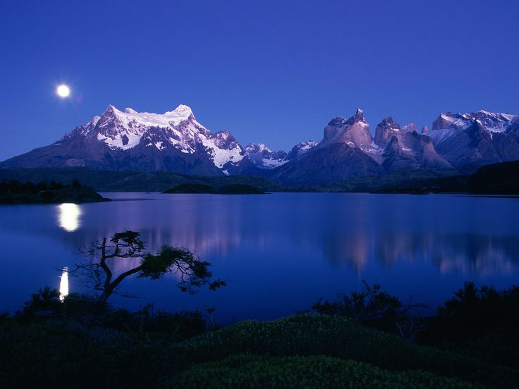 Lake Pehoe, Torres del Paine, Chile