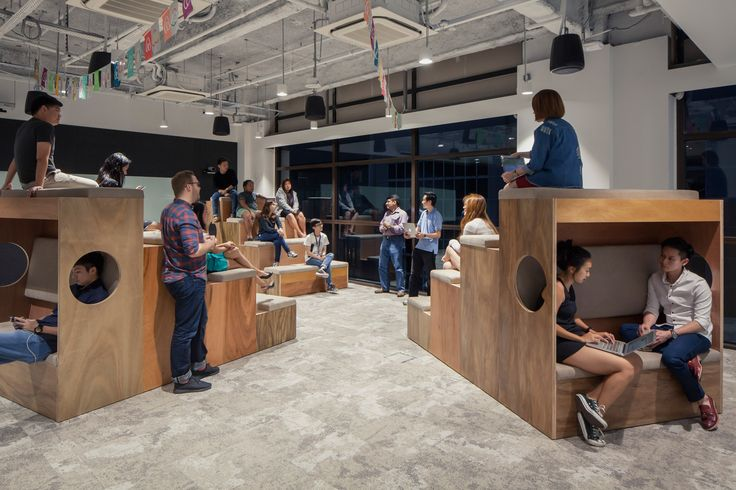 Collaboration/ Meeting Space at The Airbnb office in Singapore by FARM                                                                                                                                                      More