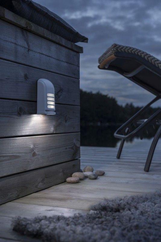 KONSTSMIDE Prato Batterie LED Wandaufbauleuchte mit Bewegungsmelder aussen weiß