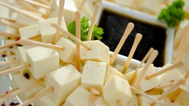 Comida de botequim é opção para festa de fim de ano e até casamento de dia