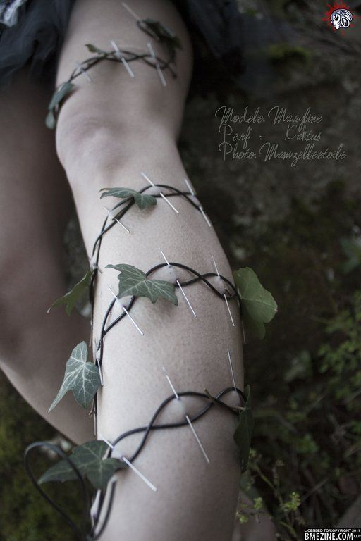 """""""Kaktus from Asta Tattoo in France sends in these photos from a photo shoot where he used play piercings to create a real-life Poison Ivy."""""""