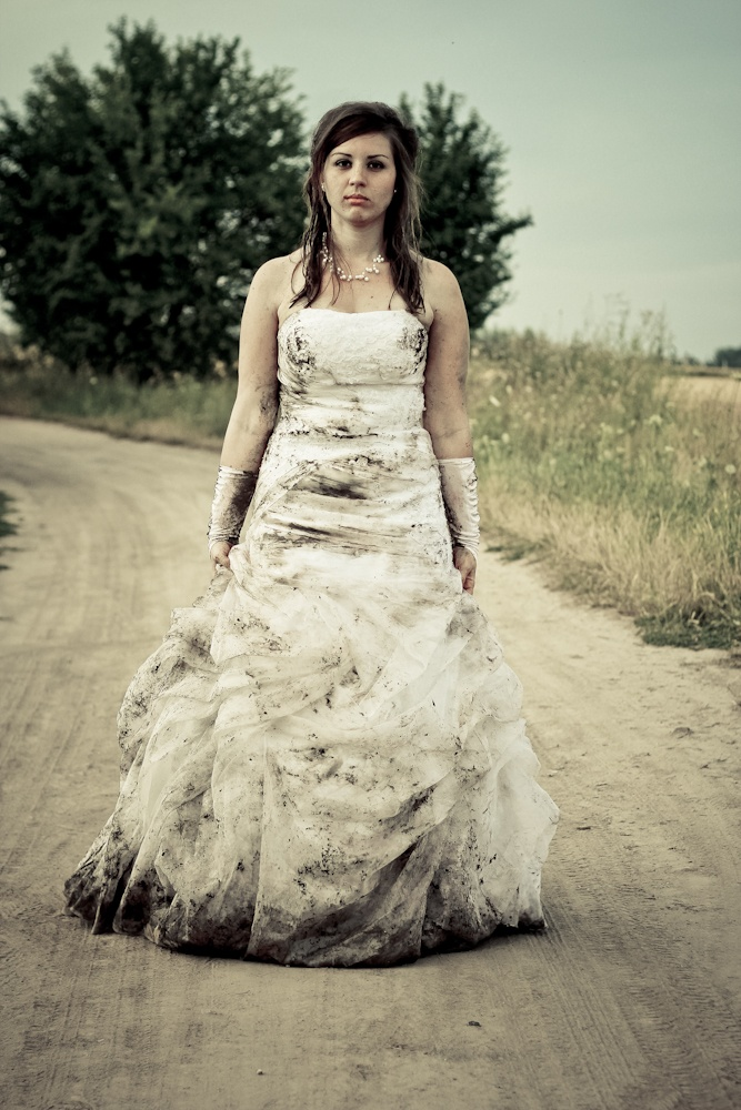 Trash my wedding dress. My husband and I are going to trash my dress this for to celebrate our 10 yr anniversary!
