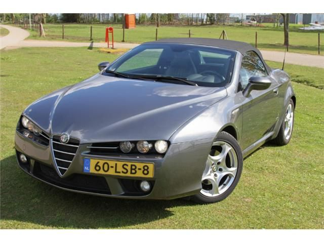 141 best alfa romeo brera spider images on pinterest alfa romeo spider alfa romeo brera and cars. Black Bedroom Furniture Sets. Home Design Ideas