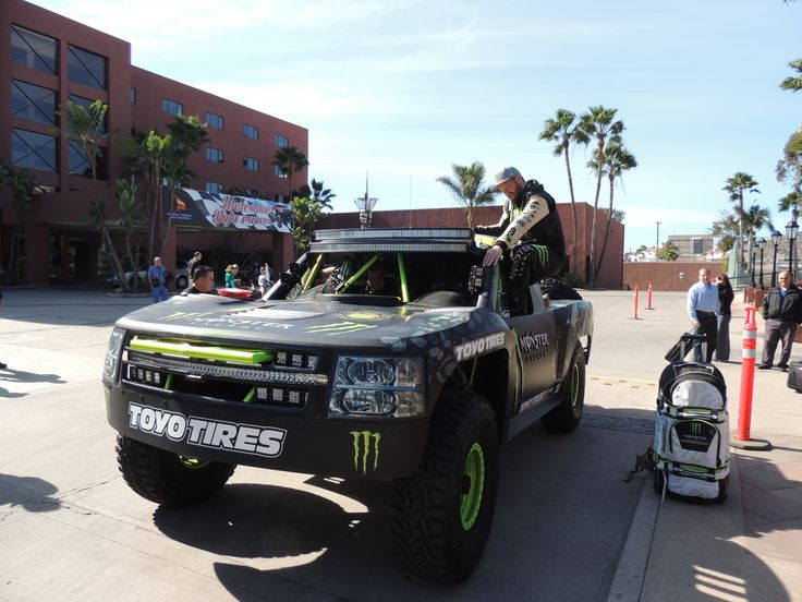 Racers getting ready for #Baja1000 2014 at Hotel Coral and Marina #Ensenada Feel the adrenaline, live #CoralExperience