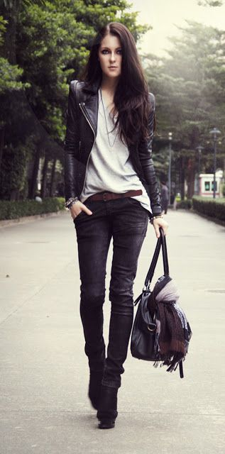 Black leather, white top, black skinny jeans, simple and efficient