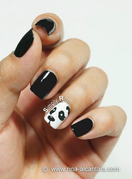 Peeping Panda Nail Art Design #nailart #panda