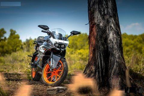 Ready to Race with KTM  Photoworks.. #KTM #RC200 #Nikon #Orange #foto2016