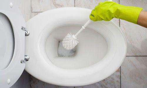 Los 5 principales errores a la hora de limpiar los baños