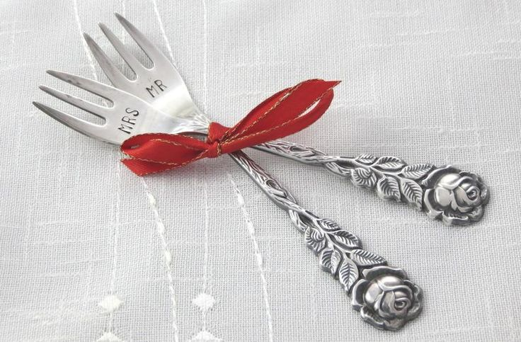 Kuchengabeln Hochzeit Mr&Mrs, Rose, gestempelt von Pfeffirella ♥ Glücksbesteck auf DaWanda.com