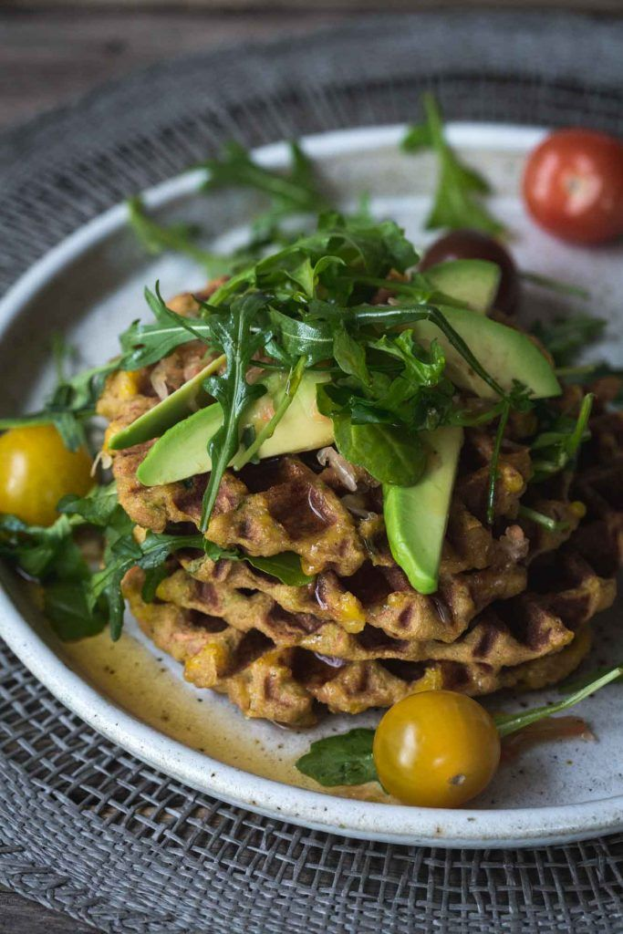 With creamy mashed potato, mixed vegetables and spices, these Sneaky Mashed Potato Cheese Waffles are crispy, cheesy and just a little bit moorish.