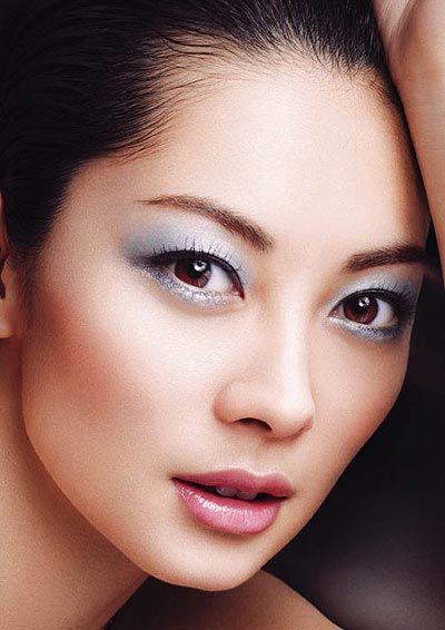 Accredited makeup artist schools online in canada