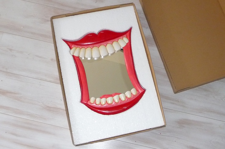 The Dentists Mirror is now boxed, three layers of  foam, boxed in and sealed...