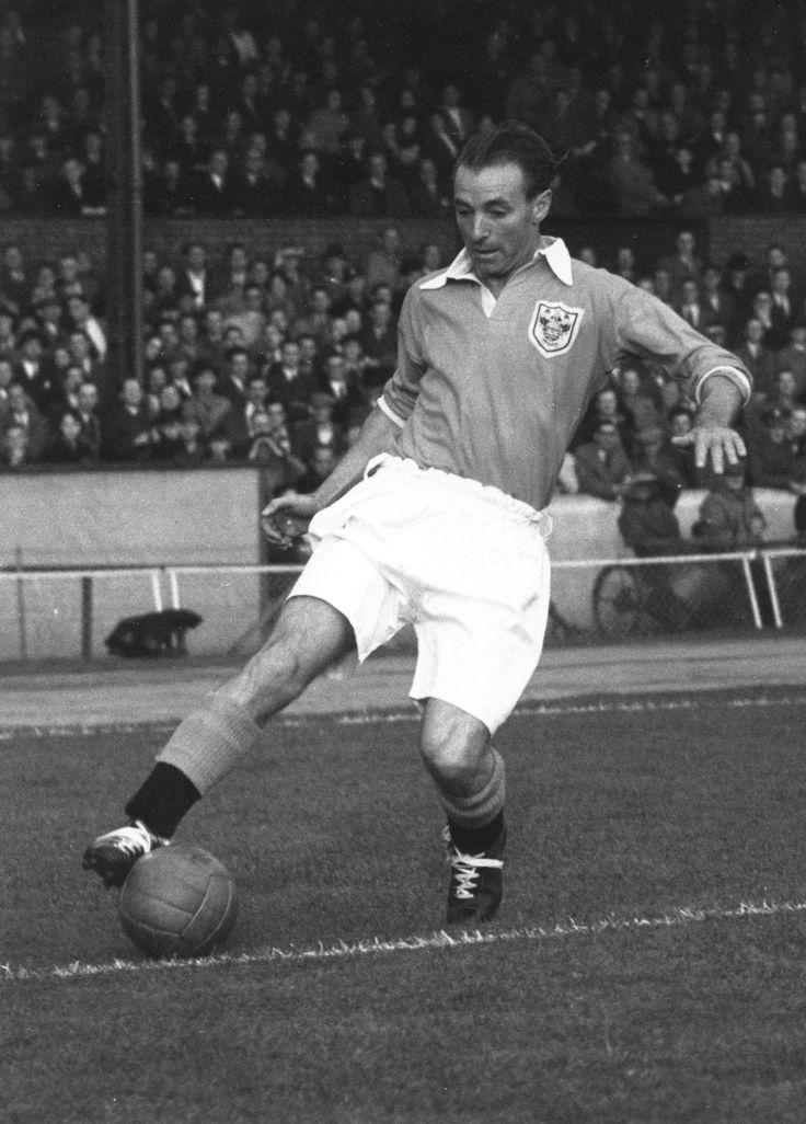 Stanley Matthews - English footballer .