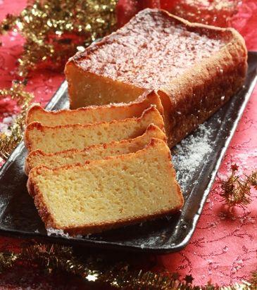 Αλμυρό κέϊκ με πολέντα, καπνιστό τσένταρ και παρμεζάνα | Γιάννης Λουκάκος