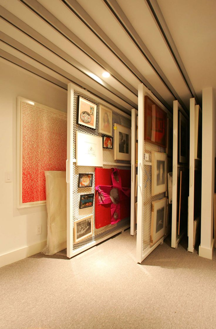 Now this would be great to have in an art class room! art storage - Perfect!