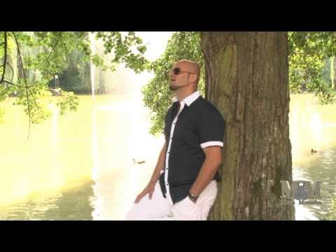 █▬█ █ ▀█▀Maco Mamuko-Spania Song HD 2013 - YouTube