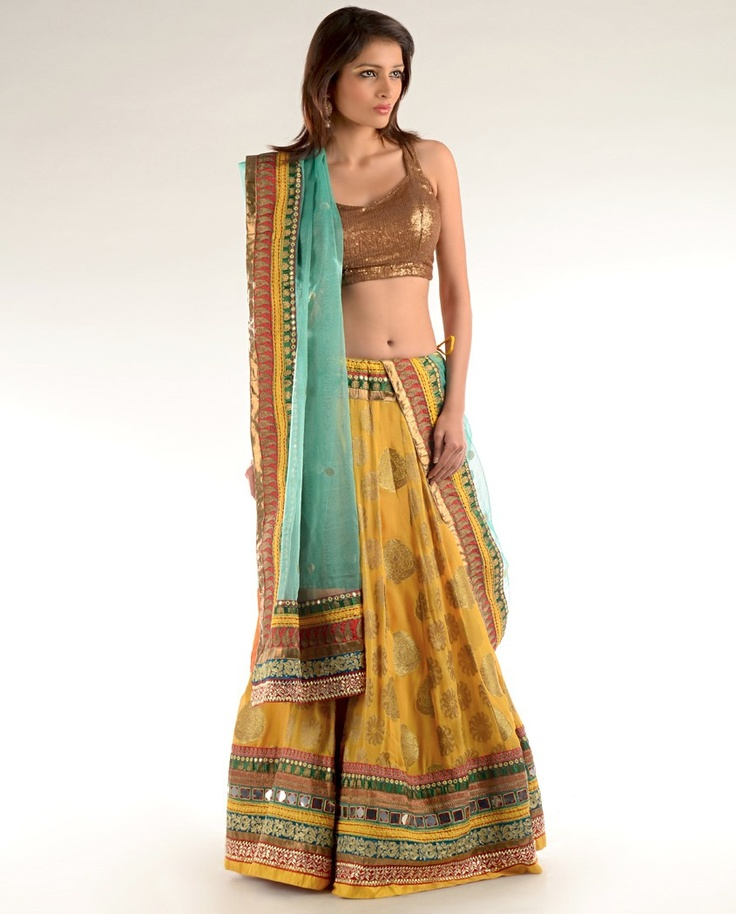 Indian outfits are just beautiful!