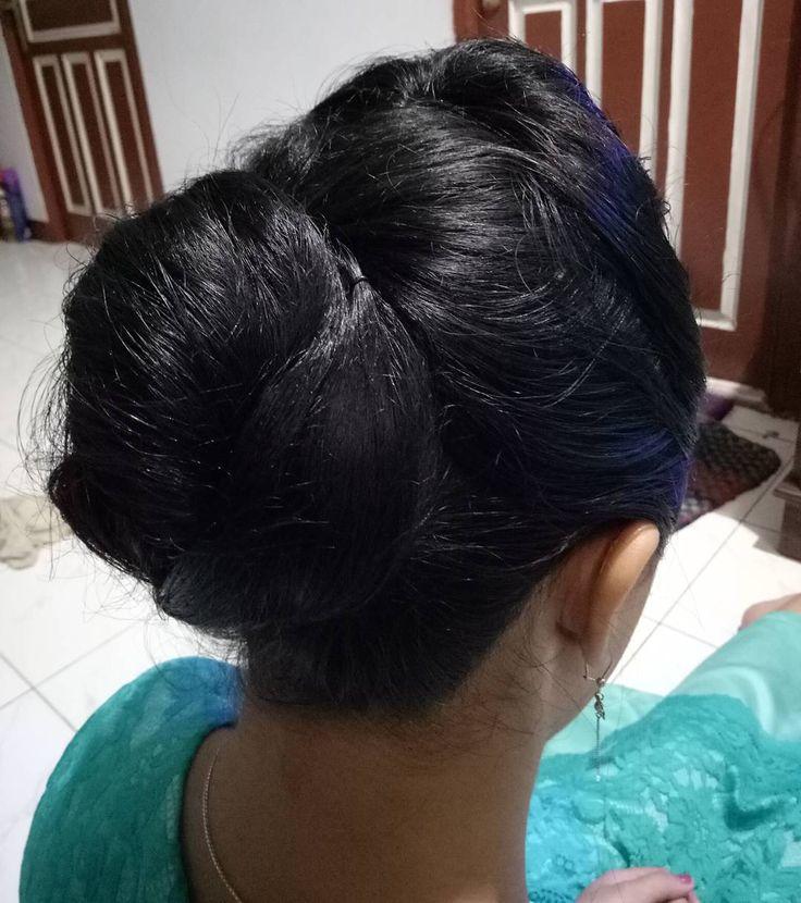 Makeup today ��,Terima makeup DM! • •cek galeri#MgsMUA •cek IG @mgs.mua #muapontianak#mgs#mgsmua#ptk#makeup#try#makeuppontianak#makeupwisuda#makeupprewed#makeupwedding#makeupparty#makeupreuni#MUA#MUApontianak#wisudaAudit#untan#hair#hairdo#hairdoparty#makeover#makeoverpontianak#sanggul#rambut#tanpacukuralis#eyebrow#sanggulkreasi#sanggulmodern. http://ameritrustshield.com/ipost/1553029265922955305/?code=BWNd-OZH5gp