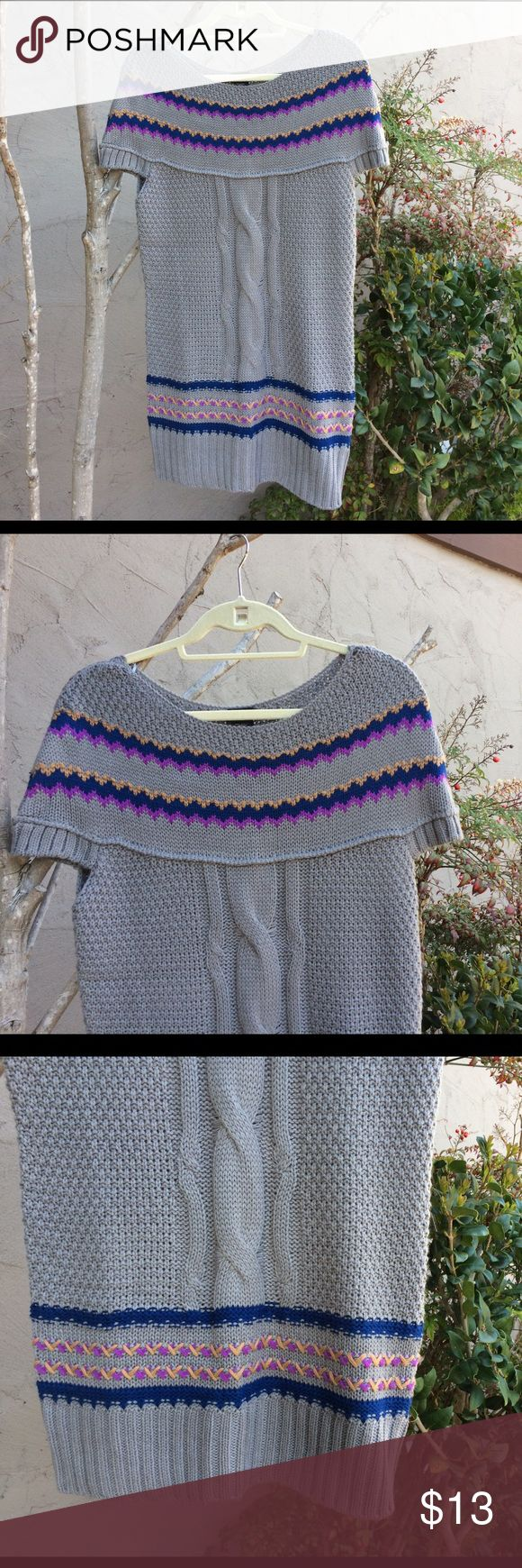 NWT CANYON RIVER BLUES TUNIC SWEATER Pretty gray cable knit sweater with pretty purple/blue & gold design! Short sleeve! NWT 100% acrylic SZ LARGE CANYON RIVER BLUES Sweaters