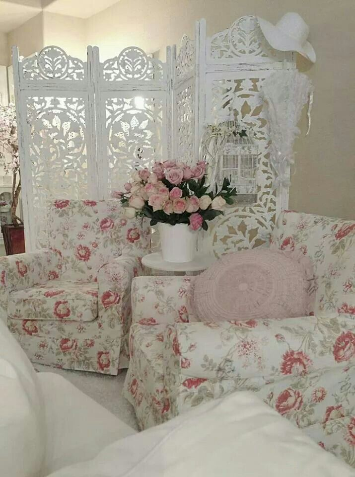 room divider use lace for center build it pinterest shabby chic wei wohnideen und. Black Bedroom Furniture Sets. Home Design Ideas