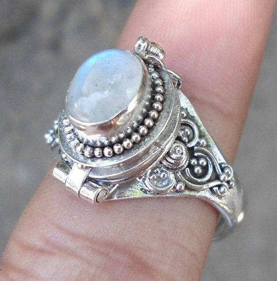 Vintage Sterling Silver Poison/Pill Locket Ring by yesteryearglam, $74.95