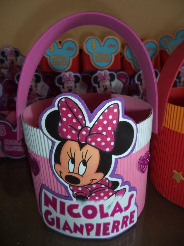 como hacer dulcero para sorpresas mickey y minnie Cumpleaños Pinterest