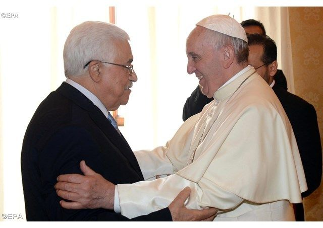 MAJ = Le Pape reçoit Mahmoud Abbas ce samedi au Vatican + L'Autorité palestinienne ouvre une ambassade au Vatican en présence d'Abbas